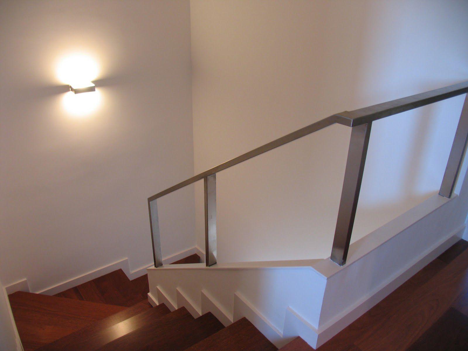 Apolo de pujol iluminaci n el blog de - Lamparas para escaleras ...